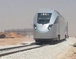 رئيس هيئة النقل يعلن تشغيل مشروع خط الركاب لقطار الشمال مطلع عام 2017 م