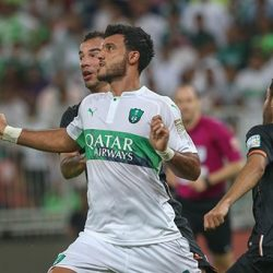 الجولة 16 من دوري جميل : الأهلي يقلب تأخره أمام الشباب لفوز بثلاثية