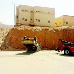 سقوط مركبة من سفح جبل في عرعر