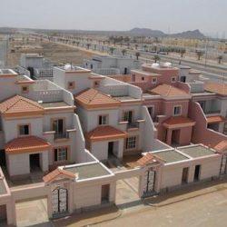 """الإسكان"""" تكشف عن تسليم 13 ألف فيلا للمواطنين قريباً.. و110 آلاف وحدة سكنية خلال 3 سنوات"""