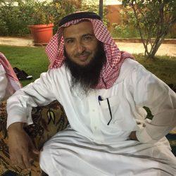بالصور..أهالي حي سلطانه بطريف يقيمون حفل توديع للأستاذ زبن الشمري