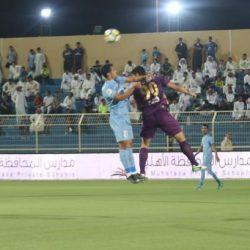 الباطن يعود إلى صدارة الدوري السعودي بتعادل سلبي مع الفتح