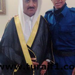 الاستاذ صالح نعيم الحازمي يحتفل بتخرج ابنه نعيم من القوات الجوية