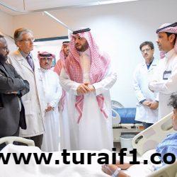 أمير منطقة الحدود الشمالية يزور المرضى المنومين في مستشفى عرعر المركزي