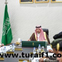 أمير منطقة الحدود الشمالية يرأس اجتماع القطاعات الأمنية الأعضاء في لجنة الحج