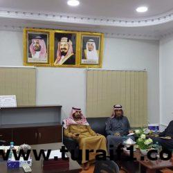 أعضاء المجلس البلدي يستقبلون المواطنين في مقر المجلس ببلدية محافظة طريف