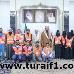 الأمير فيصل بن خالد بن سلطان يتسلّم التقرير الإحصائي عن عمل ومبادرات فريق الهلال الأحمر التطوعي