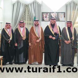 أمير الحدود الشمالية يستقبل رئيس مجلس إدارة الجمعية العربية السعودية للثقافة والفنون