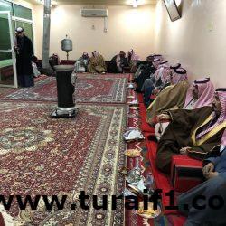 بالصور .. مطلق الرويلي يقيم حفل زواج مكفوله السوري في منزله بطريف