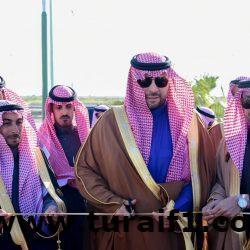 الأمير فيصل بن خالد بن سلطان يتفقد ميدانيًا أحياء وشوارع محافظة العويقيلة