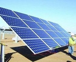 """""""الكهرباء"""" تنفذ مشاريع للاستفادة من الطاقة الشمسية والرياح بعدد من المدن بينها """"وعد الشمال"""""""