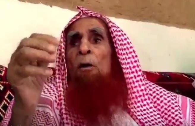 الشيخ القشعمي يروي كيف نجا الملك عبدالعزيز من محاولة اغتيال في الحرم عام 1353هـ