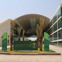 سمو الأمير فيصل بن خالد يتفقد مشروع المركز الحضاري بمدينة عرعر