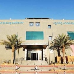 مازن محمد العليمي ينهي معاناة فوزية خلف مع المرض