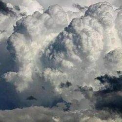 """""""المسند"""" يرسم خارطة هطولات اليوم ويذكر مستنكري أمطار مايو بالسيل العظيم لوادي الرمة"""