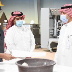 سمو الأمير فيصل بن خالد بن سلطان يشهد توقيع اتفاقية بين فرع الموارد البشرية والتدريب المهني بعرعر