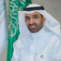 سعادة محافظ طريف يكرم رئيس جمعية الأيتام بالمحافظة