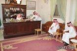 استقبال المحافظ  لإدارة نادي الصمود بمكتبه