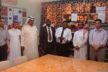فريق التقويم لبرنامج المدارس المعززة للصحة يزور مدرسة عبدالله بن مسعود بطريف