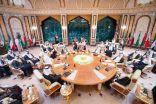البيان الختامي للقمة الخليجية: تضامن كامل مع السعودية والإمارات ضد إرهاب الحوثيين