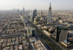 """السعودية تتربع على عرش """"أكبر 5 اقتصادات عربية في 2021"""""""