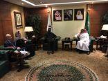 رئيس هيئة الهلال الأحمر السعودي يستقبل أمين عام الإتحاد الدولي لجمعيات الهلال الأحمر والصليب الأحمر