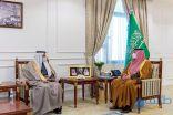 فيصل بن خالد بن سلطان يستقبل وزير الصحة