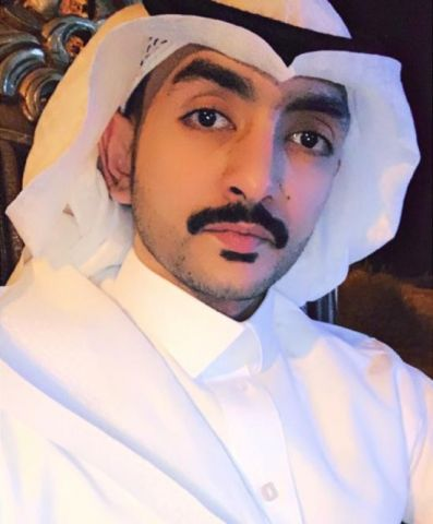 عبدالعزيز يضئ منزل الأستاذ محمد راضي