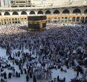بعد رميهم الجمرات.. الحجاج المتعجلون يطوفون الوداع ويغادرون مكة